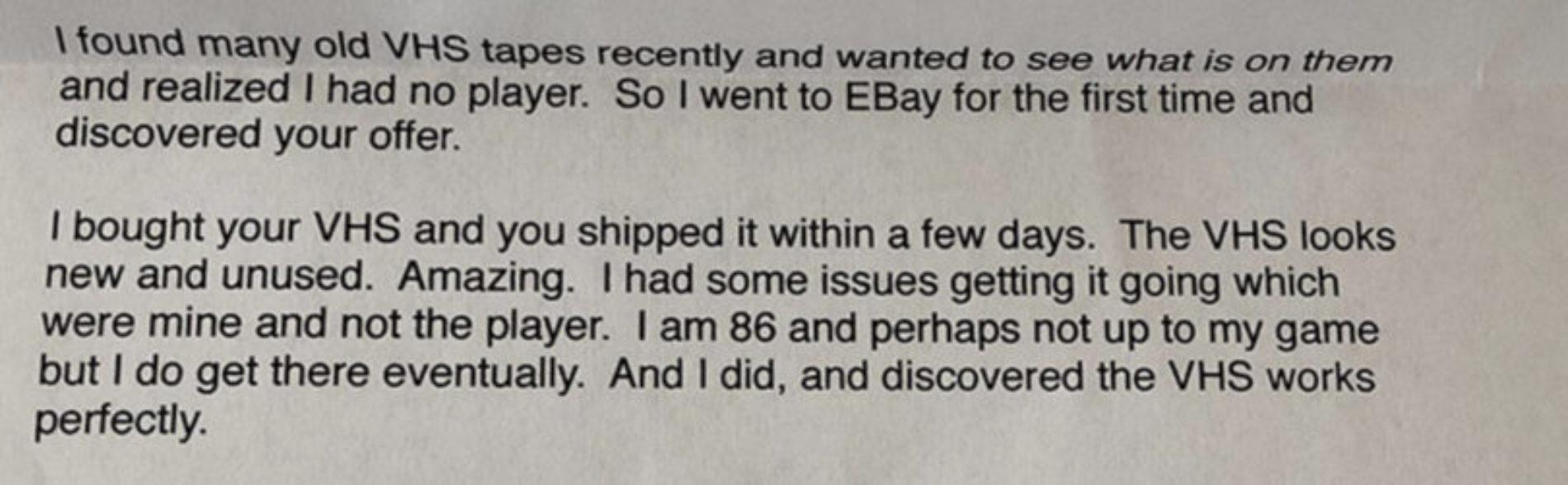 Mann selger videospiller til 86-åring – får fantastisk brev tilbake!